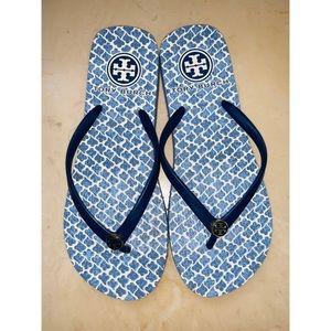 Tory Burch Women's Blue Printed Rubber Flip Flops